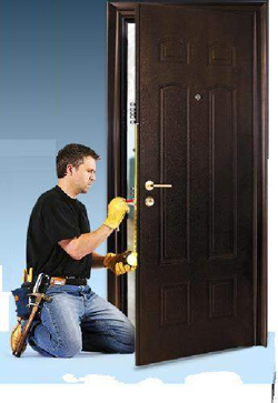 Можно ли самостоятельно установить стальную дверь?
