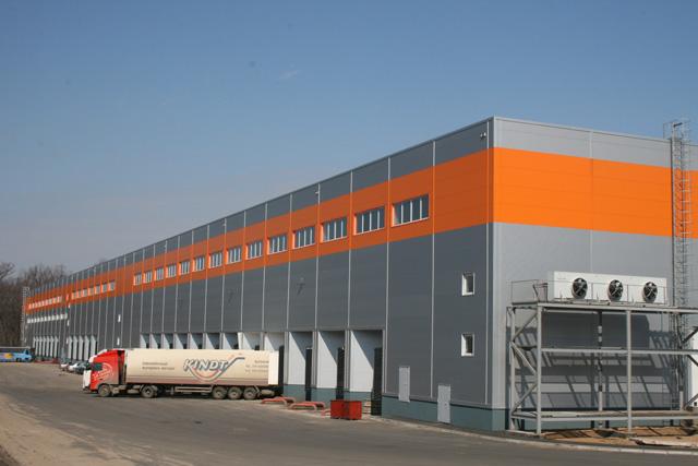 Современный склад и гараж