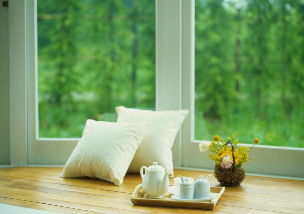 Стоит ли менять старые деревянные окна на пластиковые?